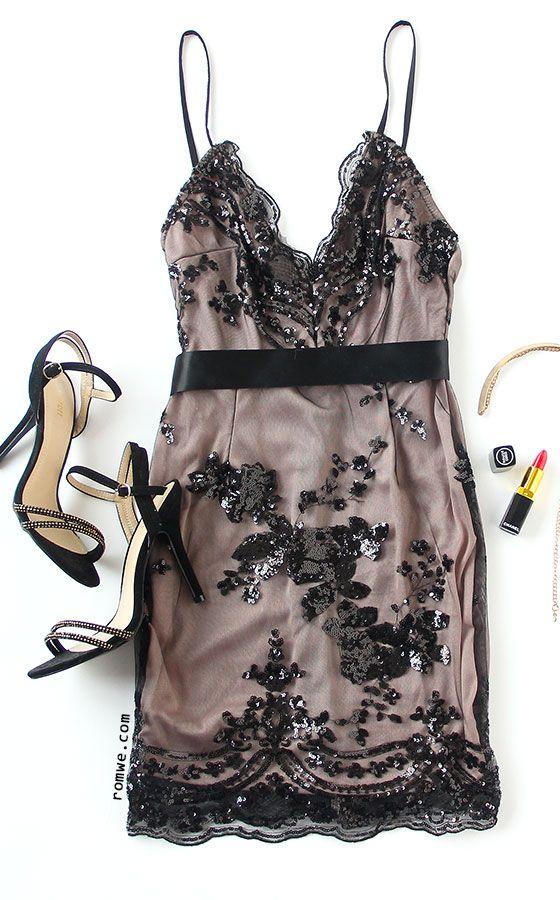 Black Spaghetti Strap Open Back Sequins Bodycon Dress