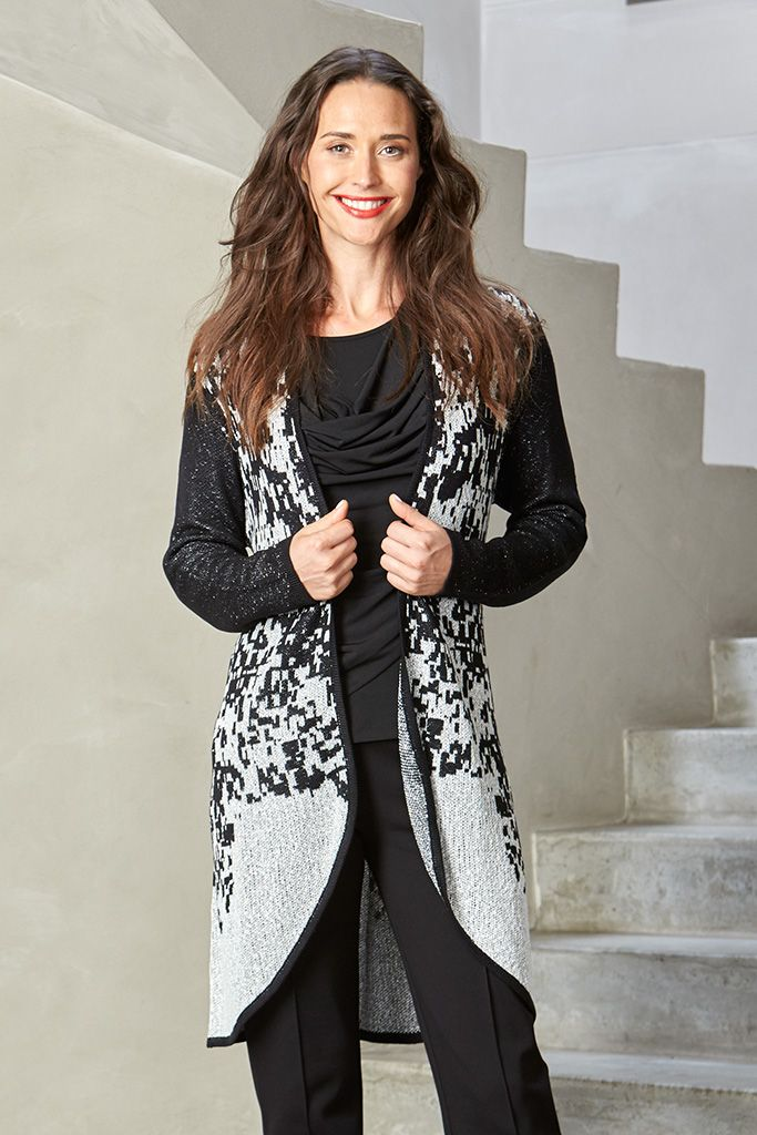 BORDER DESIGN CARDI Add some layering to your wardrobe with this sleeveless jacket that has a flattering straight fit. Style yours over jeans/pants and a knit.