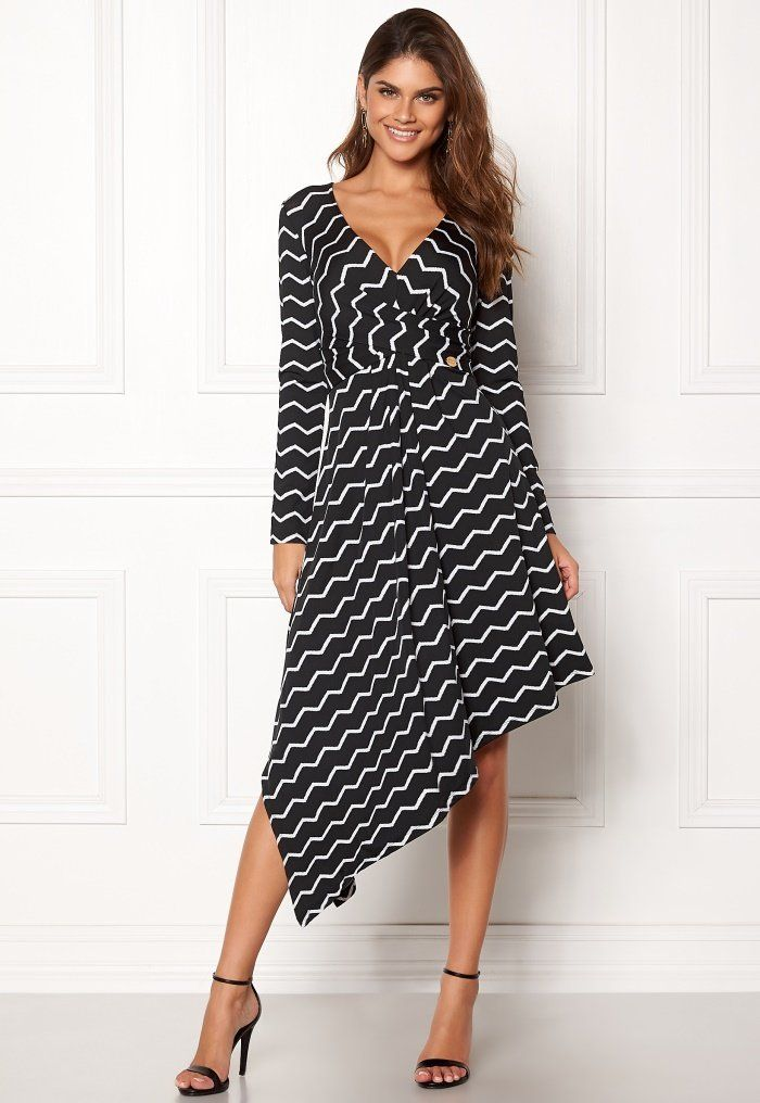 a8d46146 Chiara Forthi Rielle dress Black / Offwhite - Bubbleroom Dressy Outfits,  Off White, Dress
