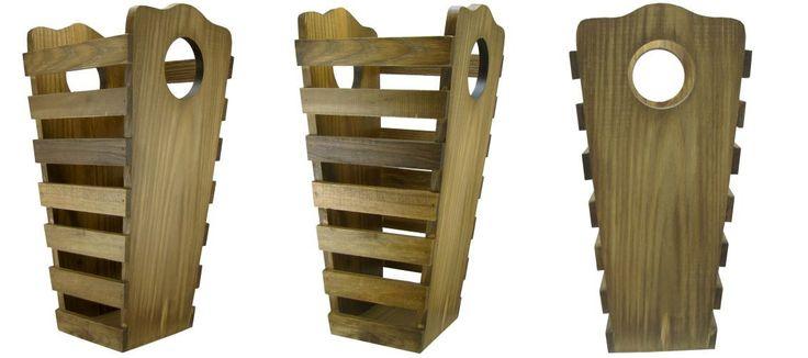 * Dimensões aproximadas, em centímetros:    - Altura - 49,0 cm  - Largura - 25,0 cm  - Comprimento - 23,5 cm    Espessura da madeira lateral - 1,5 mm    * Composição:    - Madeira encerada.    * Características:    - Acabamento rústico com elegância.  - Por tratar-se de produto semi-artesanal pod...