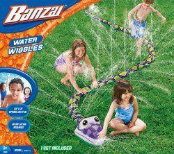 Banzai Wodny wąż zawijas to świetny sposób na orzeźwiającą zabawę na świeżym powietrzu dla każdego! #zabawkiwodne #zabawkiogrodowe #wakacje #lato