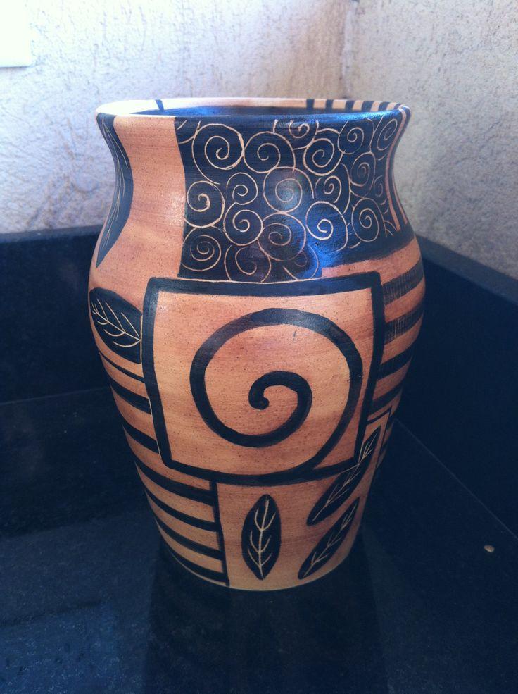 Jarron de ceramica realizado en torno alfarero y pintado a for Tecnicas para esmaltar ceramica
