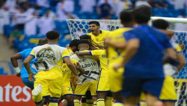 النصر يهزم السد ويضع قدما في نصف نهائي دوري أبطال آسيا سعودي 360 حقق فريق النصر بقيادة المدرب البرتغالي روي فيتوريا الفوز على Sports Jersey Jersey Sports