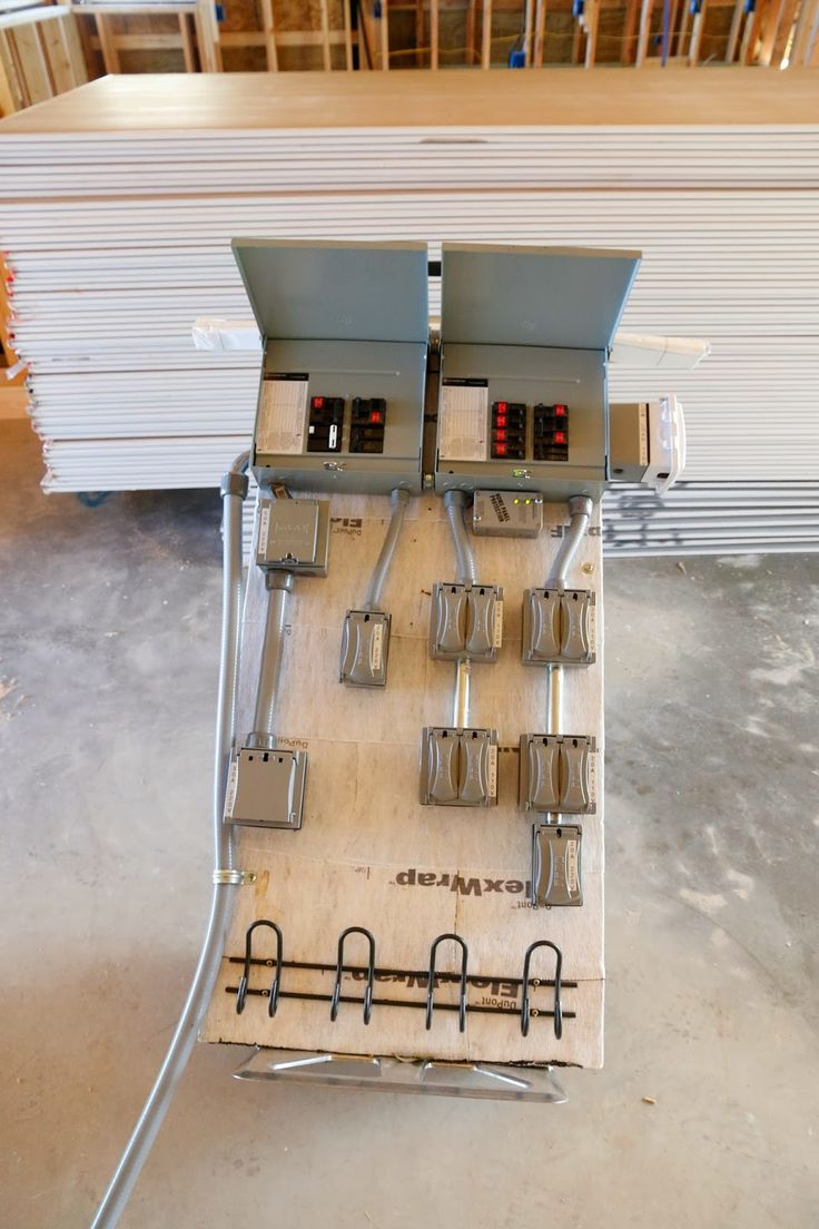 Temporary Job Site Power Box - Plans to build your own - Fine Homebuilding