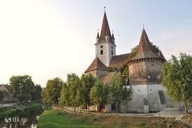 Imagini pentru biserica fortificata altina  judetul sibiu