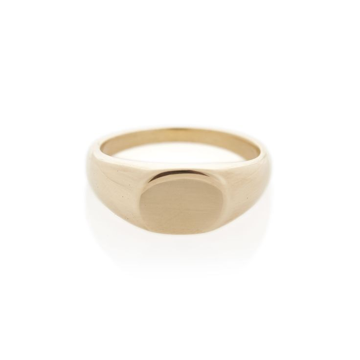 Yellow Gold Oval Signet ring | Dear Rae | Online shop