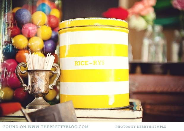 Yellow striped tin