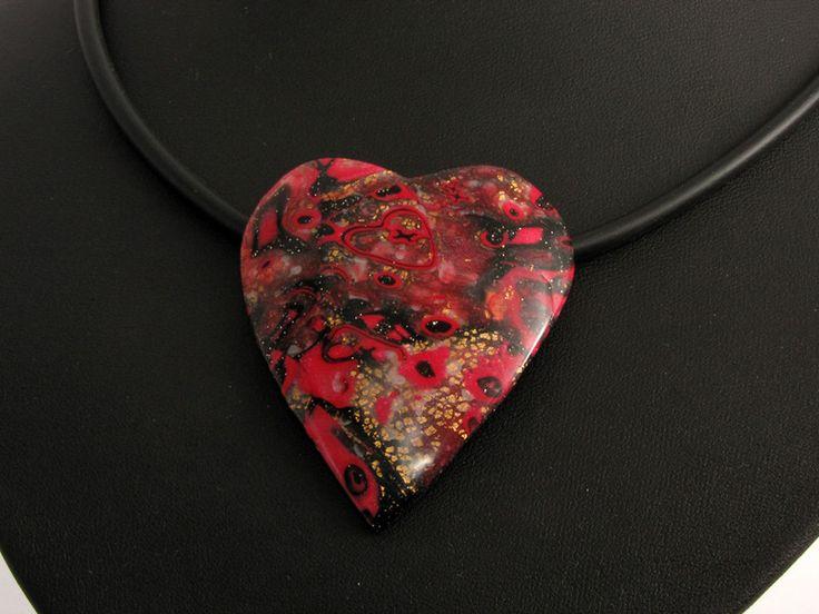 Statement Ketten - Elegante Herz Kette Polymer clay schwarz rot gold - ein Designerstück von filigran-Design bei DaWanda