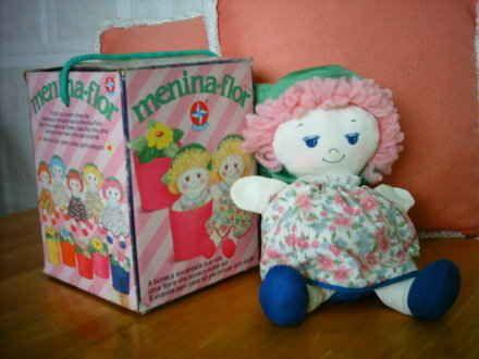Menina-flor | 60 brinquedos dos anos 80 e 90 que farão você querer inventar uma máquina do tempo