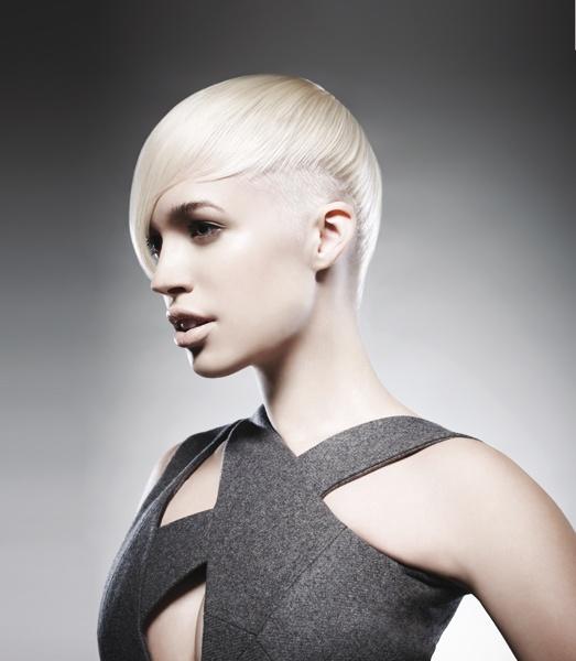 Les 108 meilleures images du tableau cheveux blonds courts for Coupe cheveux paul newman