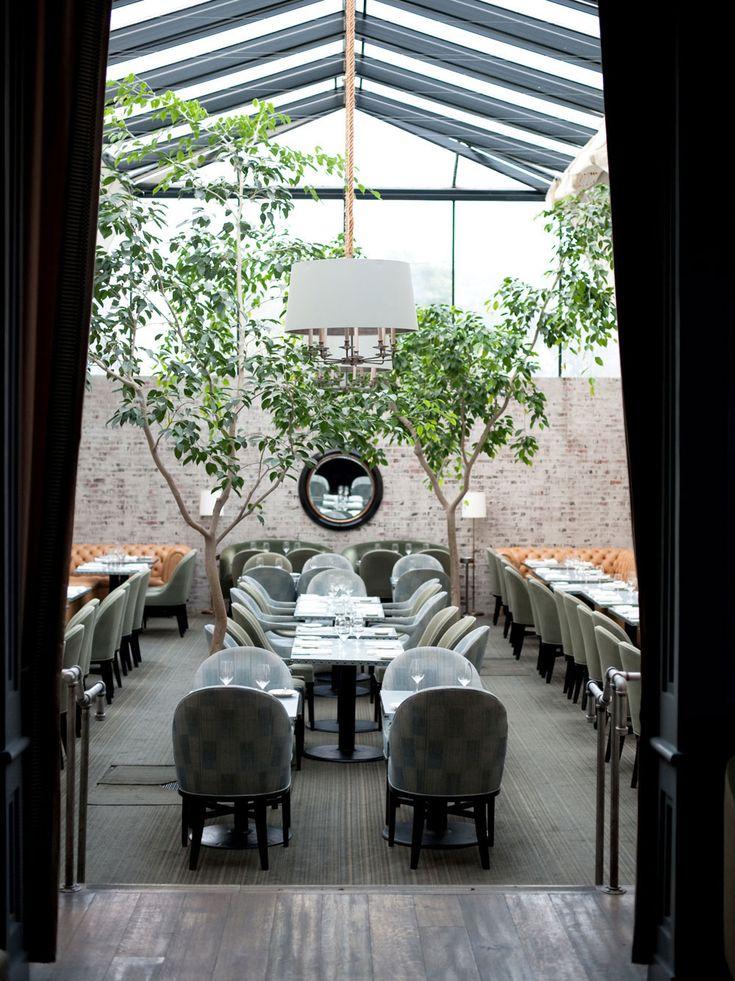 Taverna Restaurant, Los Angeles | Yellowtrace.