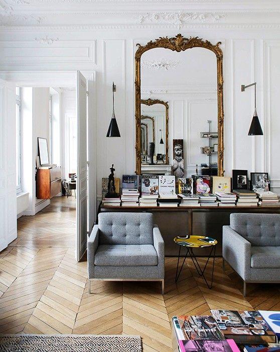 Christel, Paris 1er - Inside Closet