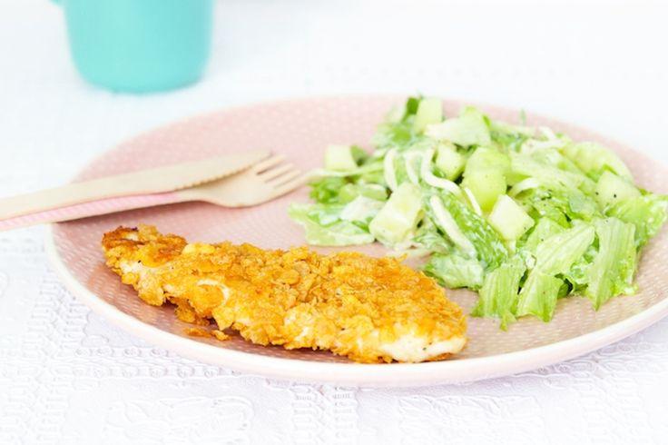 Krokante kipschnitzel met cornflakes en meloensalade