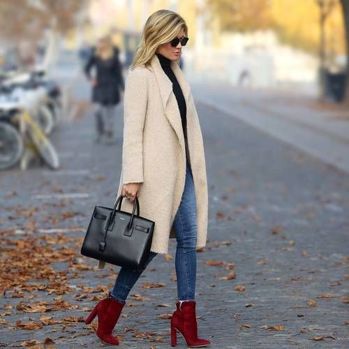 Shared by Bobbi Ann. Find images and videos about fall, winter fashion and bag on We Heart It - the app to get lost in what you love.