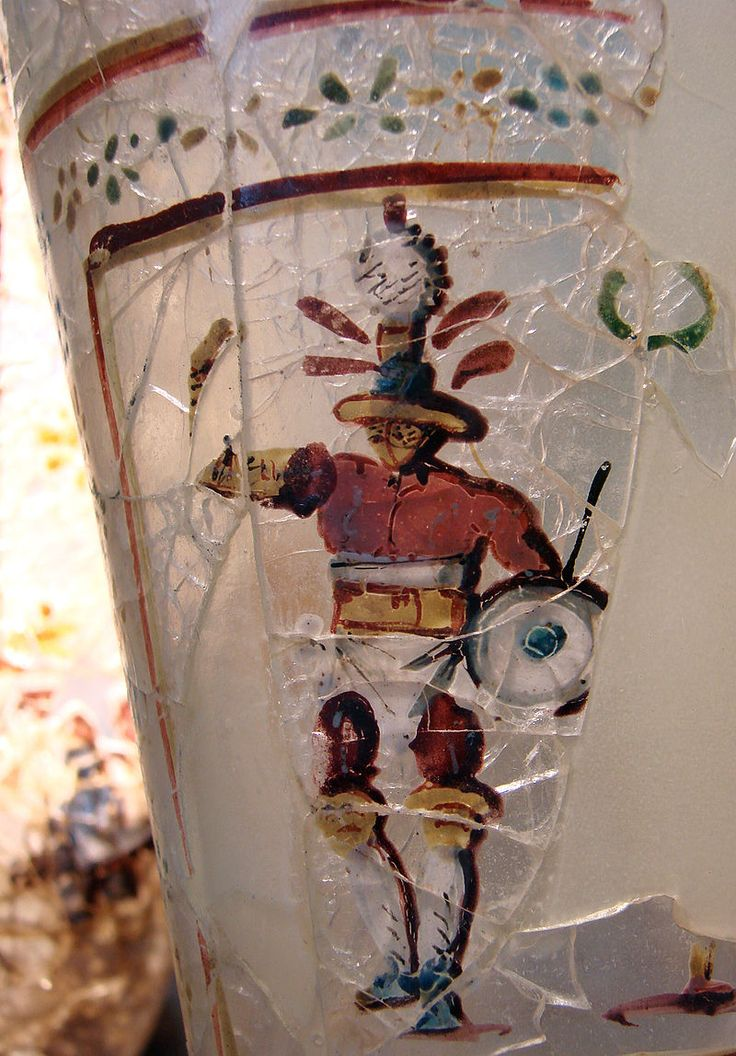 Roman glass painted beaker, 1st century A.D. Afghanistan, Begram, depicting gladiator. Musée Guimet, Paris