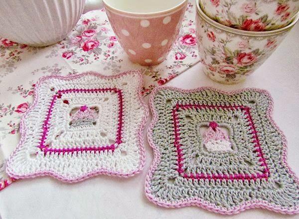 Розовые аксессуары в вязание и вязание крючком
