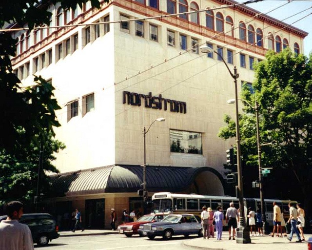 Nordstroms first flagship store: Interesting Photos