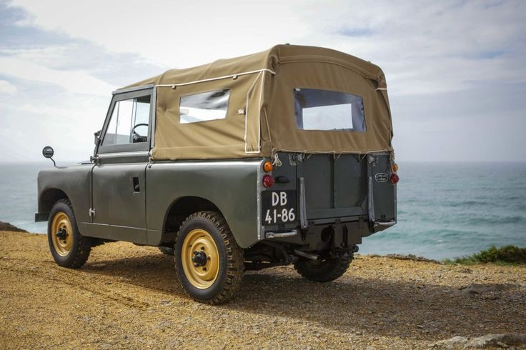 This Land Rover Series IIA = Perfect Adventuremobile | Airows