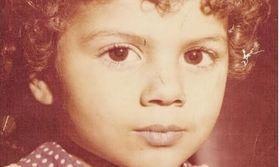 Ποια Ελληνίδα ηθοποιός είναι η μικρή της φωτογραφίας;   Σας θυμίζει κάποια;  from Ροή http://ift.tt/2trl4SP Ροή