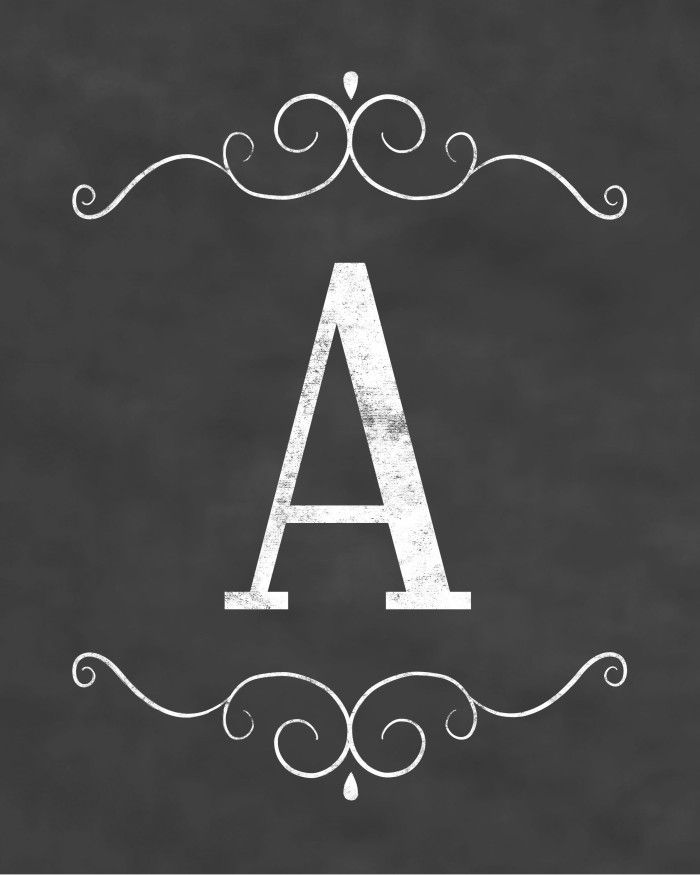 Free Initial Sign Printables - Chalkboard Design ;)  http://www.digimamas.com/free-initial-sign-printables-chalkboard/
