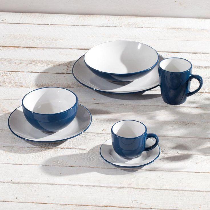 Blau und Weiß wirken frisch und maritim. Mit dieser Kombination liegen Sie nie falsch. #teatime #maritim
