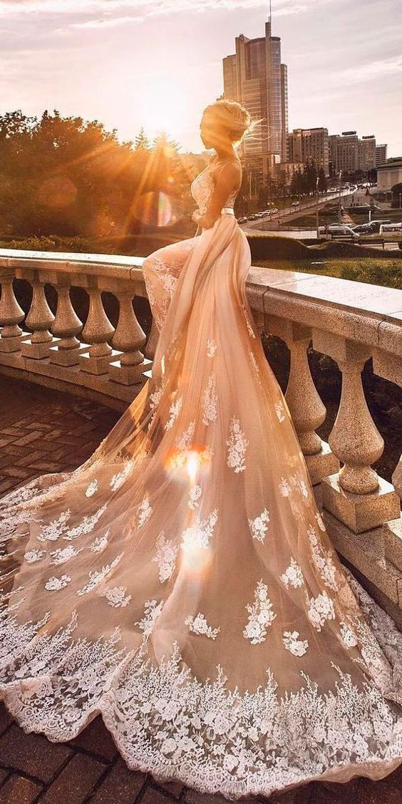 Designer pink wedding dresses collection. Every girl has a pink dress dream, it is so fantastic if you realize your dream in your big day! Wish you have a happy pink bubble wedding ceremony and get inspired from the following gallery.