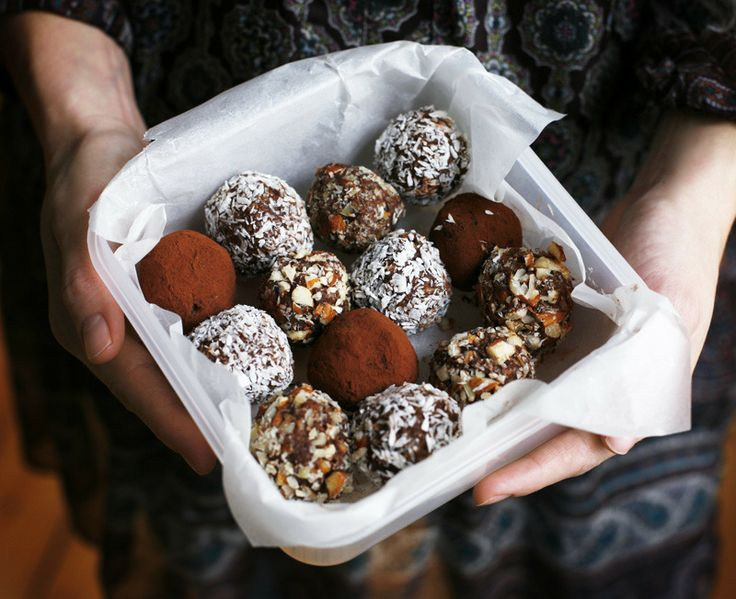 """Seven Minute Choco-Almond Truffles by Green Kitchen Stories. This is a quick late-night snack that we always seem to come back to. They look like the Swedish """"Chokladboll"""" but is made without butter or sugar! The main ingredients are dates and nuts. We try to vary the taste by adding coffee, chili, lime, mint leaves etc …"""