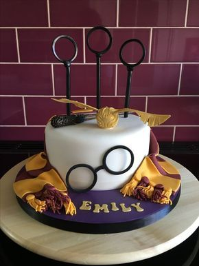 Harry Potter Cake Ideas | Harry Potter Cake Designs | Harry Potter Birthday Cakes | Harry Potter Wedding Cakes | Quidditch Cake | Hogwarts Cake | Sorting Hat | Potions | Wands | Wizards | Harry Potter Costume | Slytherin | Gryffindor | Floating Candles | Golden Snitch | Harry Potter House Color | Marauders Map | Harry Potter Cake for Kids | Harry Potter Party Ideas | Hedwig Owl Cake | Scar | Round Glasses | Book of Spells | Repinned by @purplevelvetpro | www.purplevelvetproject.com