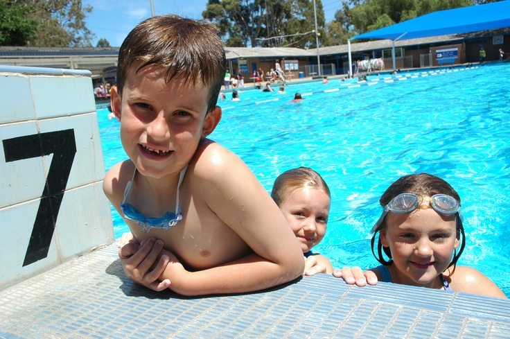 Salisbury Recreation Precinct, Waterloo Corner Road,  Salisbury North, SA 5108  T: 08 8258 1713 F: 08 8285 5177    Featuring a 25m and 50m outdoor pool as well as a toddler pool is open from mid-October through to April. Times vary. http://www.salisbury.sa.gov.au/Our_City/Community_Facilities/Recreation_Centres/Salisbury_Recreation_Precinct/Salisbury_Swimming_Centre