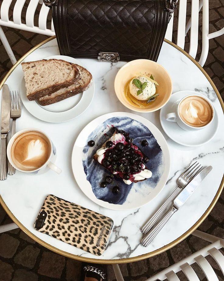 iDeal Of Sweden Fashion Case 'Wild Leopard' - pic by: @ekva #idealofsweden #phonecase #leopard #food #inspiration