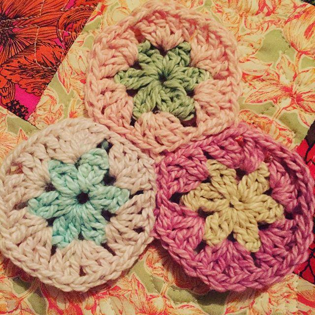 Thanks Lynnie @merchantjones this cotton #moyayarn is lovely!  #crochet #hexagons #moya_yarn #organiccotton