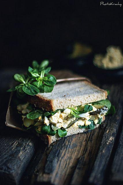 Lamb's Lettuce & Scrambled Egg Sandwich