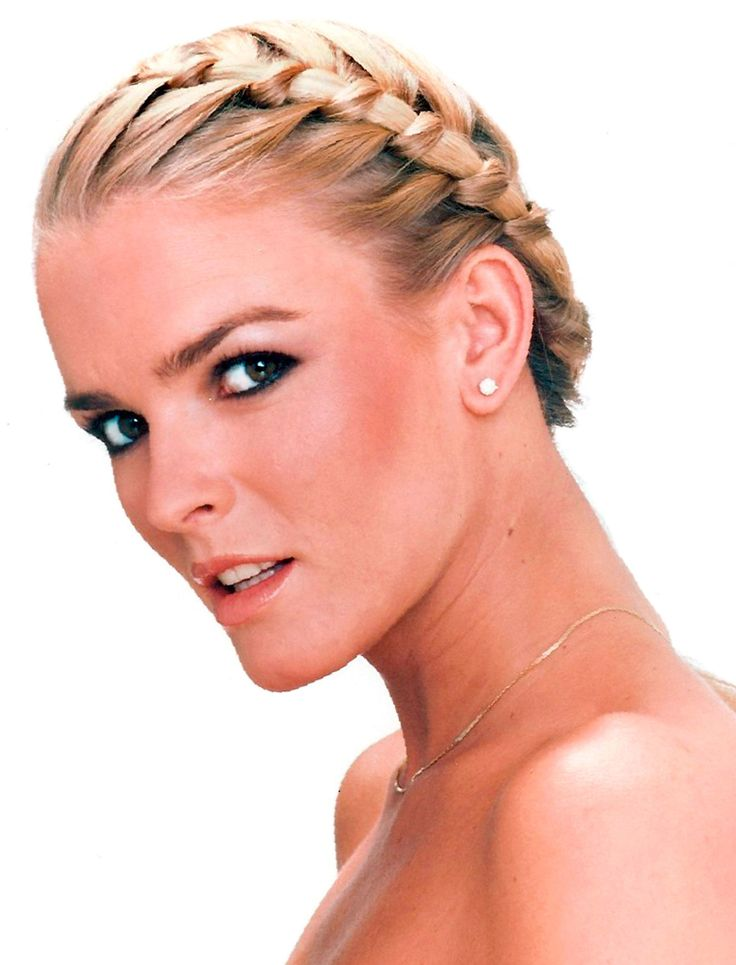 This is the Nicole Brown Simpson You Won't See On FX's New Drama