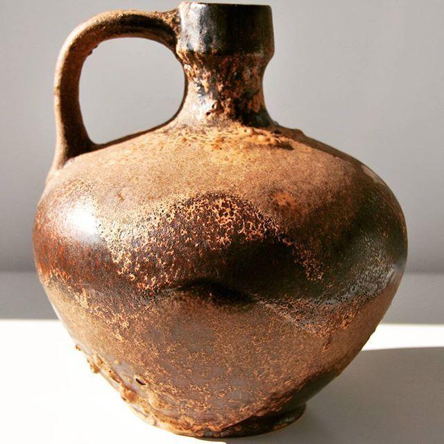 Ruscha vase/jug    #brown #brownvase #ruscha #jug #vase #fatlava #wgp #westgermanpottery #westgerman #german #ruschakeramik #midcenturymodern #midcentury #moderndesign #design #modern #vintage