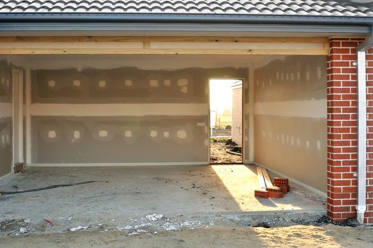Doppelgarage oder Einzelstellplatz. Hier erfahren Sie wie hoch die Kosten sind eine Garage zu bauen. Mit diesen Kosten müssen Sie rechnen!