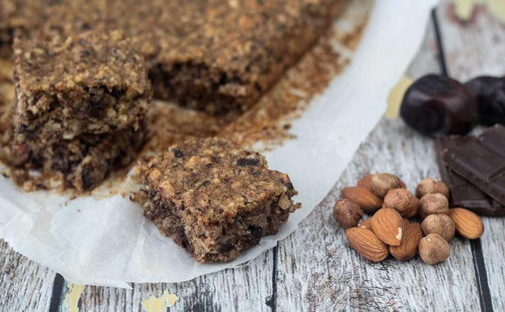 Opskrift på hjemmelavet Sund banankage med chokoladestykker