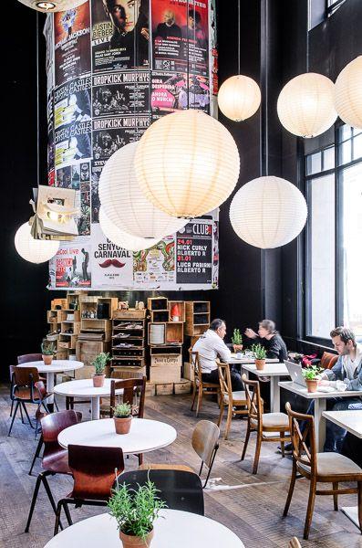 Bar Lobo | Barcelona More news about worldwide cities on Cityoki! http://www.cityoki.com/en/ Plus de news sur les grandes villes mondiales sur Cityoki : http://www.cityoki.com/fr/