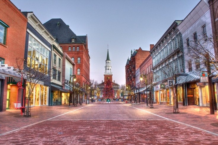 Early morning on a Saturday, an empty Church Street in Burlington, Vermont, USA