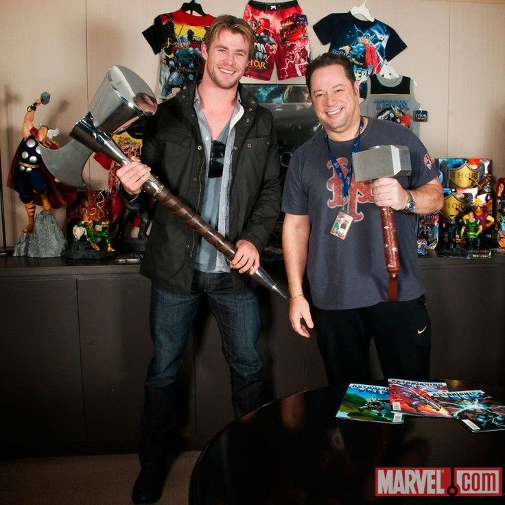 When Thor (Chris Hemsworth) visited Marvel (here with Joe Quesada). Photo courtesy of Marvel.