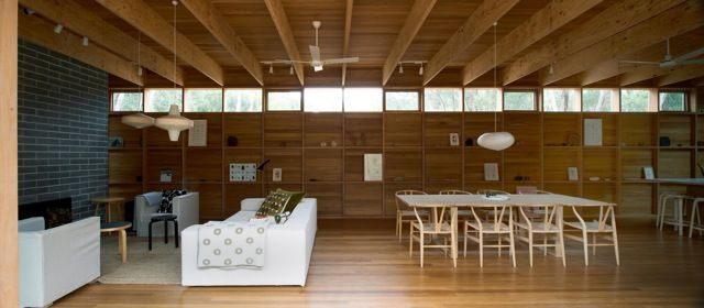 Pirates Bay House / O'Connor and Houle Architecture.    Derryn have a look at the back windows. (big I know)