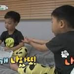 """Watch: Seo Eon And Seo Jun Can't Stop Terrorizing Their Dad With Their Pranks  During the November 20 episode of KBS2's """"The Return of Superman,"""" Lee Hwi Jae's twin sons Seo Eon and Seo Jun may be little terrors at times, but they show that they still know the difference between right and wrong. The father and sons trio flew to ... http://www.soompi.com/2016/11/20/watch-seo-eon-seo-jun-cant-stop-terrorizing-dad-pranks/"""