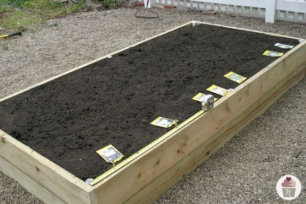 How to make a raised garden bed @Hoosier Homemade