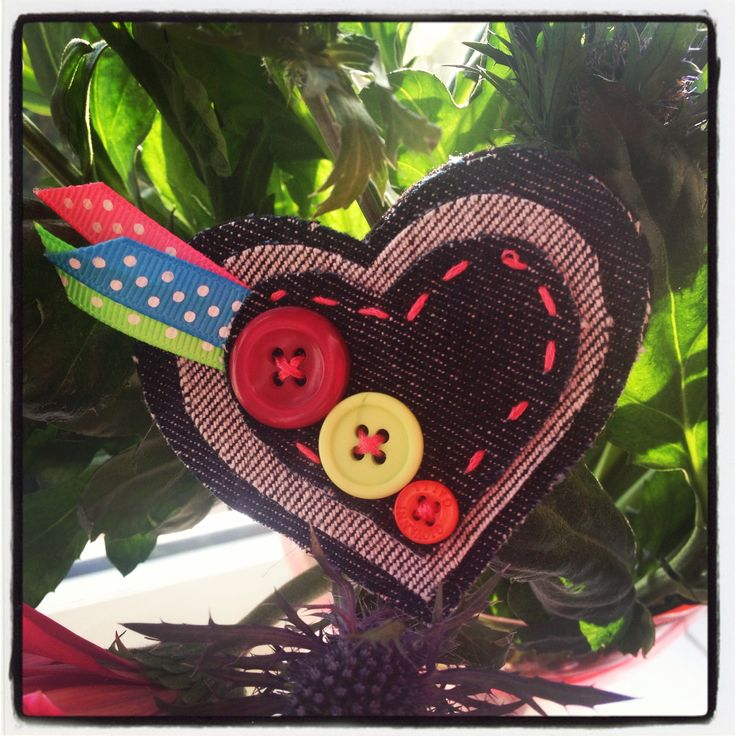 Hand made heart brooch