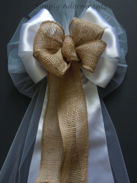 Shabby Chic jute en witte bruiloft Pew Bow door SimplyAdornmentsss
