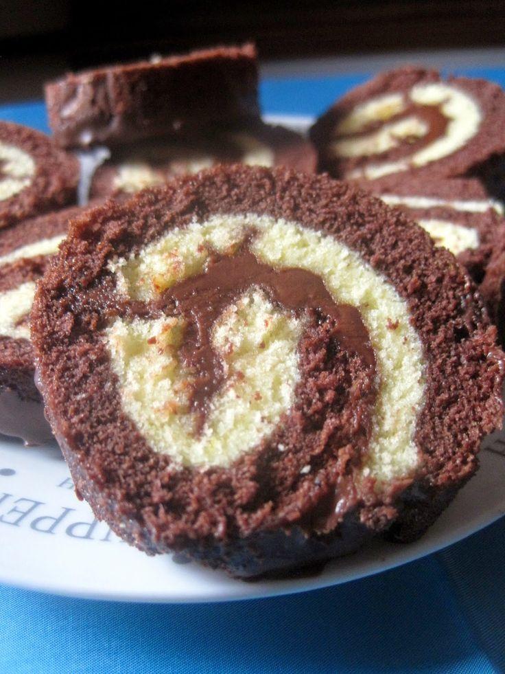 Rotolo Girella bicolore farcita con crema alle nocciole - Double Cake Roll with hazelnuts cream