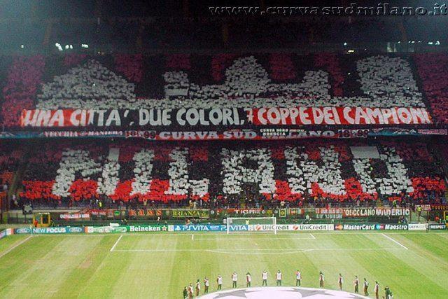 1 city, 2 colors, 7 Champions League trophies