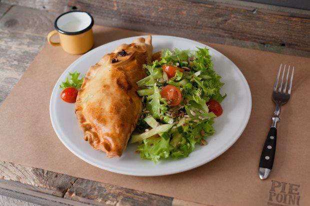 Английские пироги: с мясом, рыбой и вегетарианский. Изображение №4.