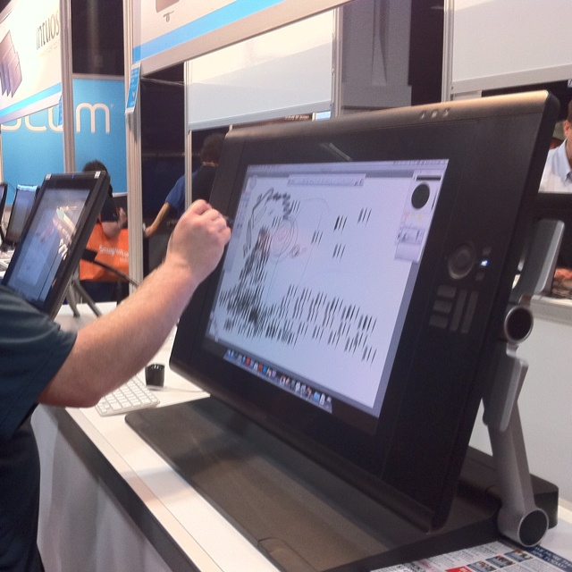 drawing tablets for mac 2