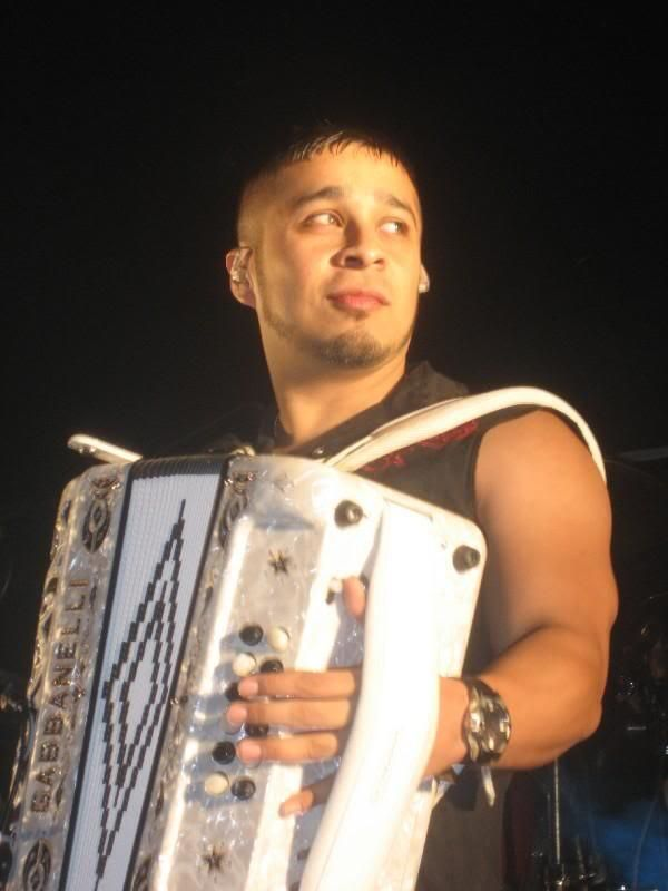 Play that squeeze box, my man....JESSE TURNER from SIGGNO