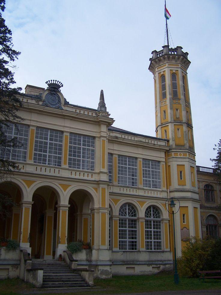 Castle Károlyi - Füzérradvány